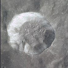 Proclus crater AS17-150-23046.jpg