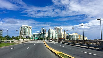 Avenida Juan Ponce de León - Image: Puente Guillermo Esteves (Avenida Juan Ponce de León)