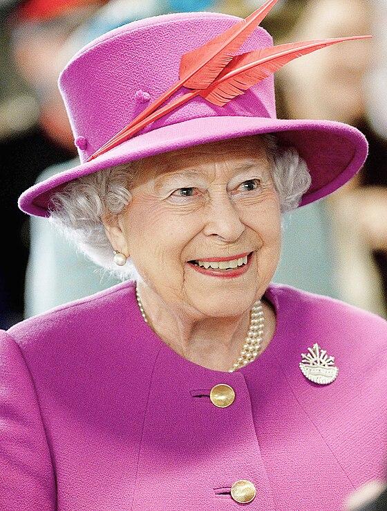 majesty queen elizabeth ii - HD1698×2242