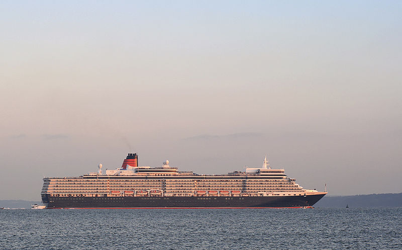 http://upload.wikimedia.org/wikipedia/commons/thumb/5/50/Queen_Elizabeth_cruise_liner.jpg/800px-Queen_Elizabeth_cruise_liner.jpg