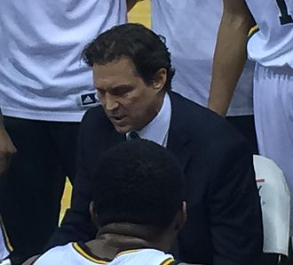 Quin Snyder - Quin Snyder as Utah Jazz coach in 2015