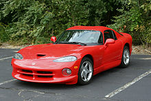 220px-Red_Dodge_Viper_GTS.jpg