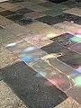 Reflets d'un vitrail sur le sol de la cathédrale d'Embrun (mai 2021).jpg