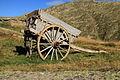 Refuge des Mouterres, Plateau d'emparis, (2260 m.) Oude boerenwagen bij gite.JPG