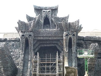 Universal's Islands of Adventure - Construction of Skull Island: Reign of Kong (July 2015)