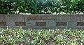 Ridderkerk oorlogsmonument, plaquettes.jpg