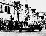 Robert Benoist, vainqueur à la côte de Château-Thierry en 1935 sur Bugatti T53 (4WD), pour la dernière course.jpg