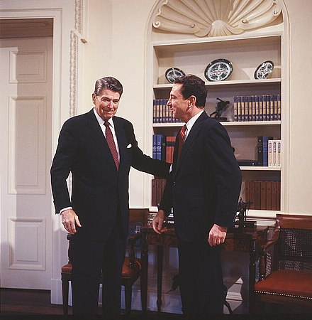 Specter with President Ronald Reagan in 1986 Ronald Reagan and Arlen Specter.jpg
