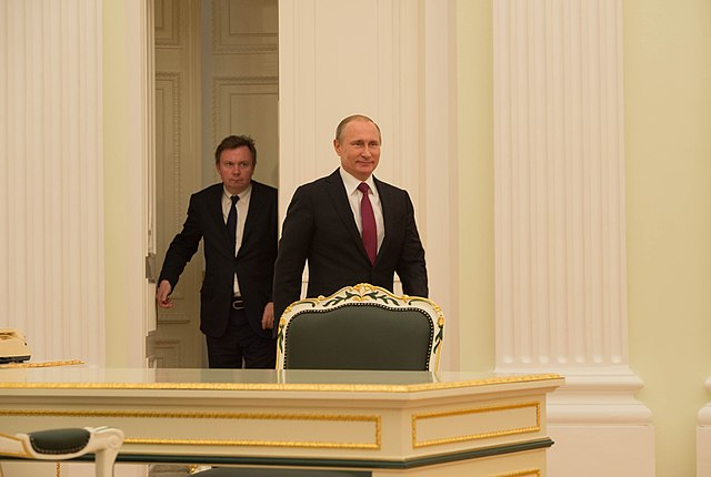 Russian President Putin Arrives for His Bilateral Meeting With Secretary Kerry in Moscow (25916792602).jpg