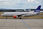 SAS, SE-RJF, Airbus A320-232 (20345492382).jpg