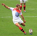 ST vs RCT 2012 12 Jonny Wilkinson kicking a penalty (cropped).jpg