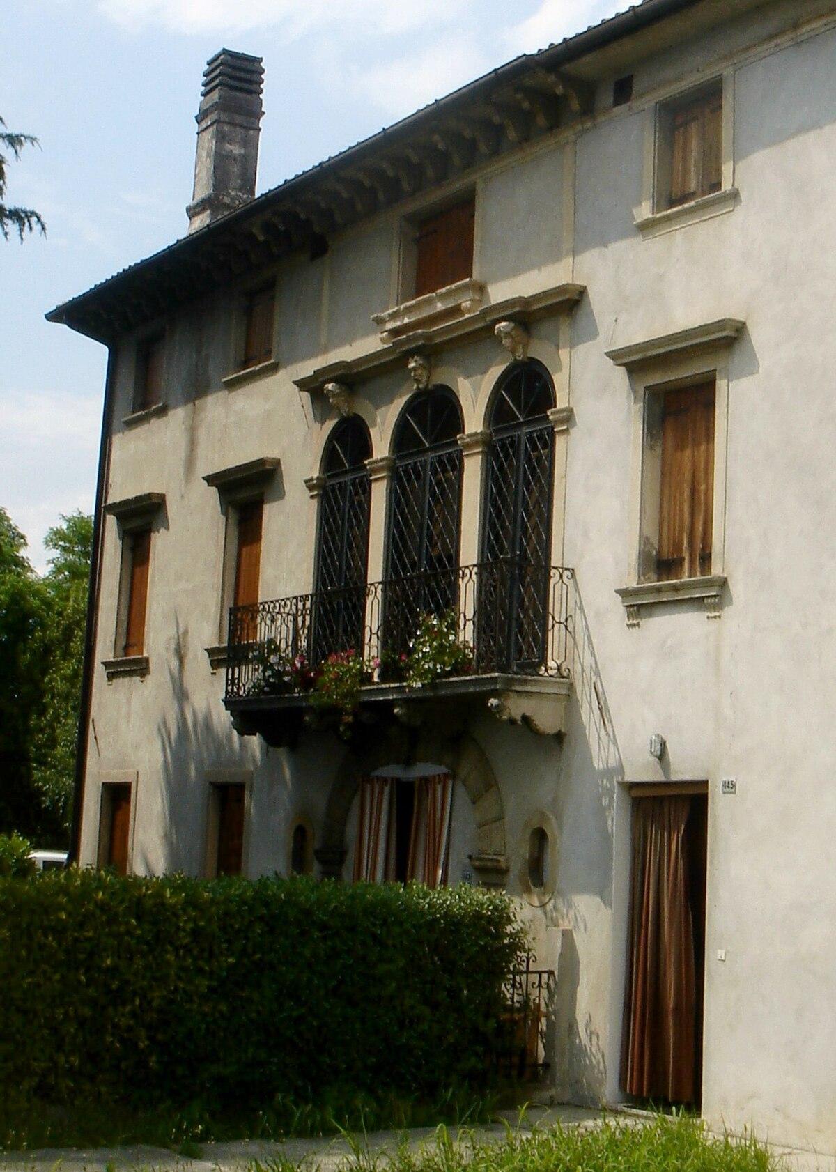 Casa ongaro marcon wikipedia for Piani di una casa bungalow storia