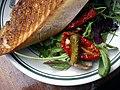 Sandwich med vitello tonnato (5650391666).jpg
