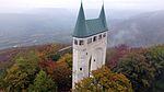 Schönbergturm im Herbst 2015-10-18.jpeg