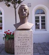 Schillerdenkmal Oggersheim 2