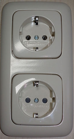 file schuko cee 7 3 socket outlets with and without. Black Bedroom Furniture Sets. Home Design Ideas
