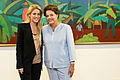 Shakira e Dilma Rousseff.jpg