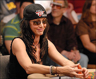 Shannon Elizabeth - Elizabeth at the 2007 NBC National Heads-Up Poker Championship