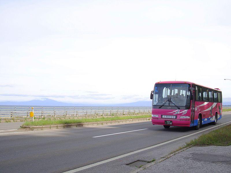 File:Shari bus Ki200F 0316view.JPG