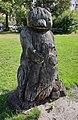 Skulptur Alt-Lietzow (Charl) Bärenfigur mit Adler&20002.jpg