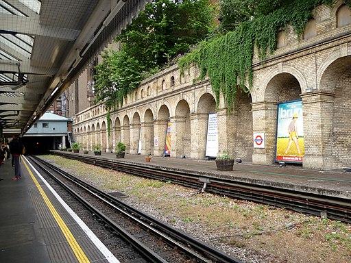 South Kensington Underground Station - geograph.org.uk - 1721407