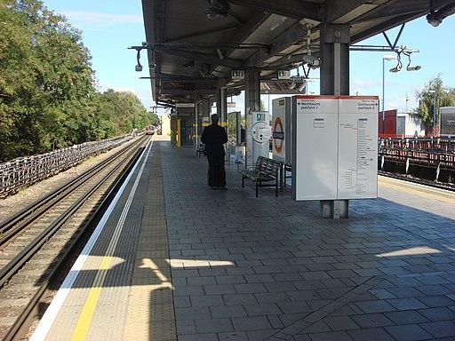 South Ruislip station 038