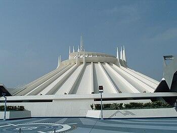 English: Space Mountain at Disneyland