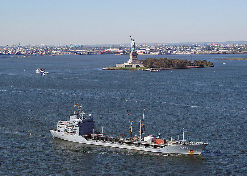 File:Spessart (A 1442) entering New York Harbor.jpg