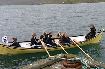 English: Spógvin is a Faroese wooden row boat....