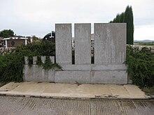 Spomenik zrtvama u Skabrnji.JPG