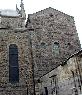 Treasury of the Basilica of Saint Servatius - Exterior treasury chapel
