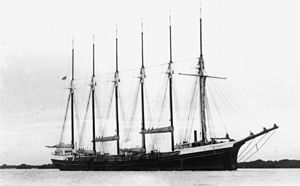 West Coast lumber trade - Six-masted lumber schooner ''Oregon Pine''