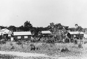 Amiens, Queensland - Image: State Lib Qld 2 174619 Amiens settlement, 1920