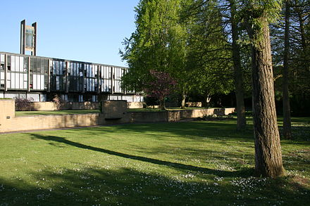 St Catherine's College, Oxford-undergraduate rooms and bell-tower-view from west Stcatz sc10.JPG