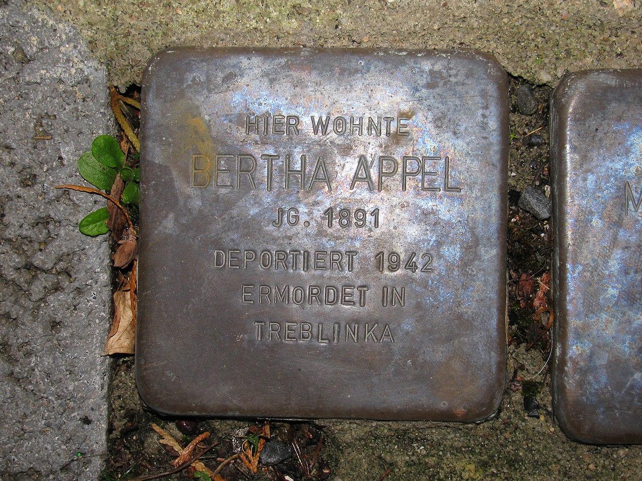 Stolperstein Bertha Appel, 1, Obermainstraße 13, Dietesheim, Mühlheim (Main), Landkreis Offenbach.jpg