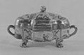 Sugar box with cover MET 195020.jpg