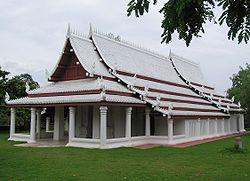 Sukhothai royal temple, replica in Muang Boran