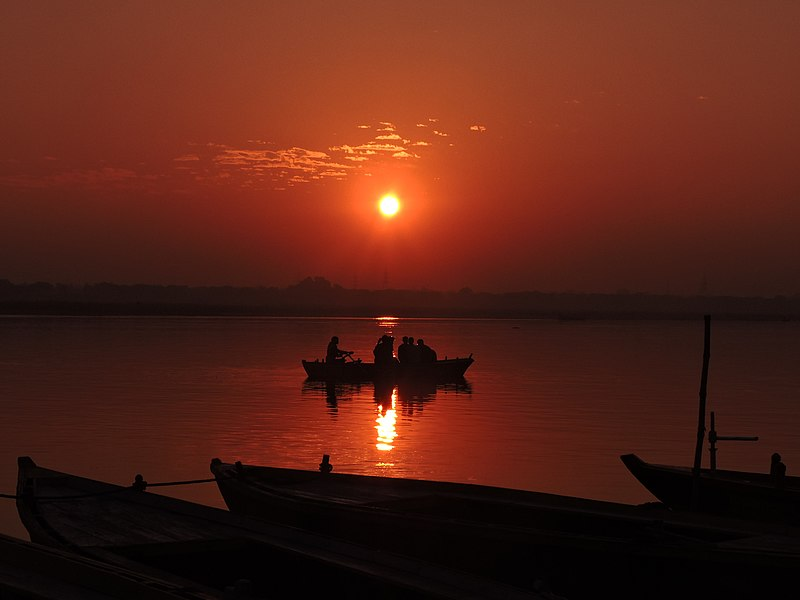 File:Sunrise @ Ganges.jpg