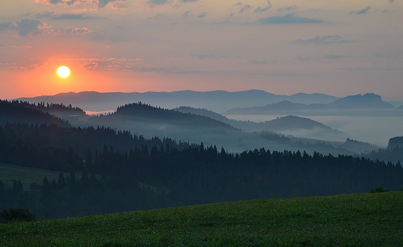 Sunrise in Pieniny mountains, Poland