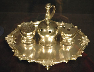 The Syng inkstand was used at both the signing of the Declaration and the 1787 signing of the U.S. Constitution, and is on display in Philadelphia Syng inkstand.jpg