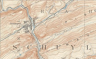 Tamaqua, Pennsylvania - USGS Map showing Tamaqua, the confluence of the Schuylkill Rivers, showing Tamaqua Gap separating Nesquehoning Mountain to the east and Sharp Mountain across the gap to the west.