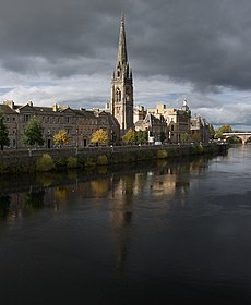 Tay Street from Queen's Bridge - geograph.org.uk - 1542524.jpg
