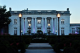 Kentucky Governor's Mansion - the Kentucky Governor's Mansion photographed in a late summer evening of 2018