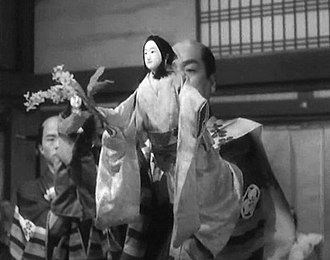 Bunraku - Puppet master with female doll