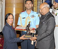 The President, Shri Ram Nath Kovind presenting the Tenzing Norgay National Adventure Award, 2017 to Smt. Premlata Agrawal for Land Adventure, in a glittering ceremony, at Rashtrapati Bhavan, in New Delhi on August 29, 2017.jpg