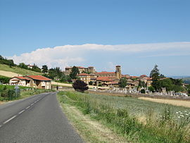 The road into Theizé