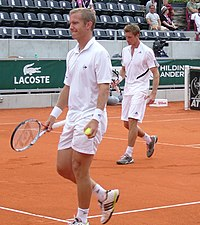 Thomas Johansson och Simon Aspelin spelar dubbel under Swedish Open 2008.