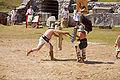 Thraex murmillo show fight 01.jpg