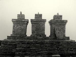 West Sikkim district - Image: Three chortens rabdentse