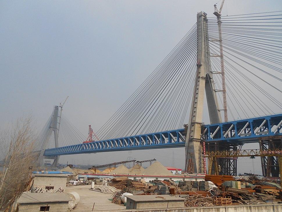 Tongling Yangtze Rail-Road Bridge.jpg